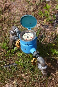 how to turn off a water meter valve